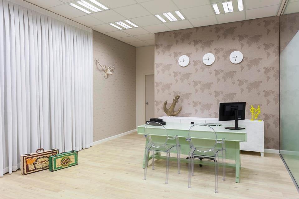 משרדי חברת  TOWER